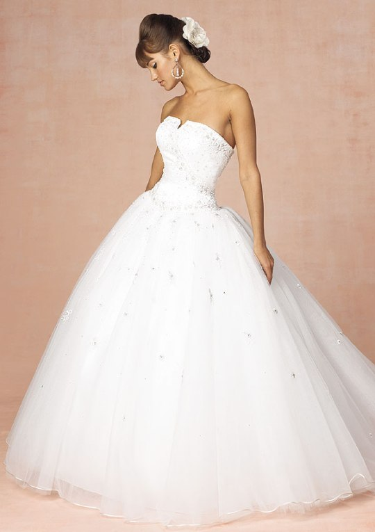 Cinderella story choosing the right gown fit flashy for Body shaper for wedding dress
